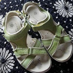 Pistachio Green Mephisto Allrounder Sandals